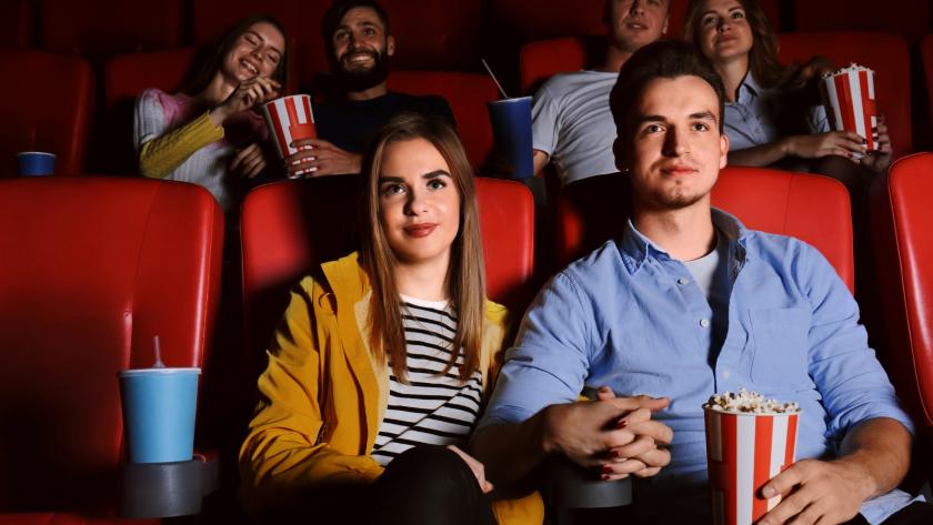 Първо на кино, пътуване – после
