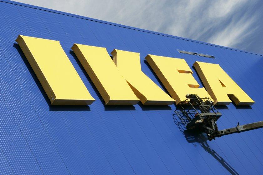 """IKEA пусна """"Инструкции за разглобяване"""", за да окуражава потребителите си да използват мебелите по-дълго"""