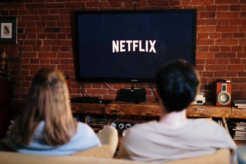 Идва ли краят на гледането на сериали накуп?