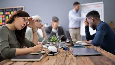 Служебните срещи – голямото губене на време?
