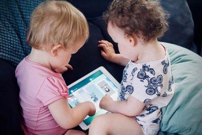Как социалните платформи повишават безопасността на децата онлайн