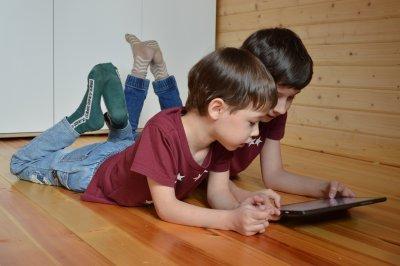 Поколението Алфа – дигитални и незащитени