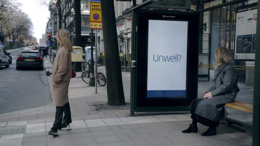 Билборд се ослушва за симптоми на COVID в Швеция
