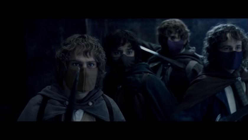 Хари Потър, Жокера, Хъмфри Богарт, Фродо, Нео, Жената чудо и други легендарни герои слагат маски в реклама на Warner Media