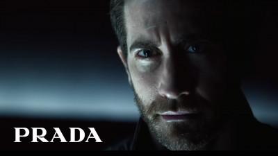 Новата кампания на Prada Luna Rossa OCEAN Fragrance