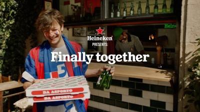 Heineken разпалва футболните страсти с новата си кампания за UEFA Euro 2020
